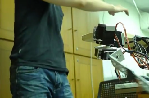 Robotic Arm + Kinect Combine Test